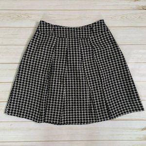 Black white skirt by C.D.S. Basic